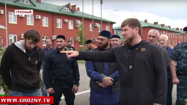 Ramzan Kadyrov speaking at a televised 'shaming' of local youth who had voiced their support for ISIL. - Sputnik International