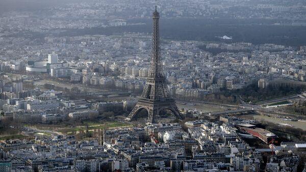 An aerial view taken on January 11, 2015 shows the Eiffel Tower in Paris - Sputnik International