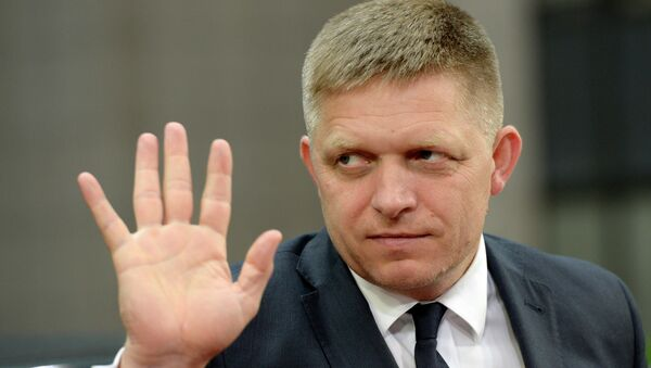 Slovakia's Prime minister Robert Fico arrives for an emergency Eurogroup finance ministers' meeting on Greece at the European Council in Brussels, on June 22, 2015 - Sputnik International