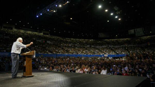 Bernie Sanders Has Nearly 1 Million Grassroots Campaign Contributions - Sputnik International