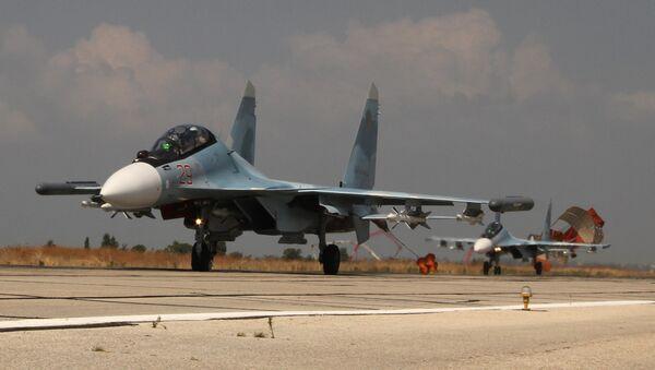 Two russian Su-30 land at airfield near Latakia - Sputnik International