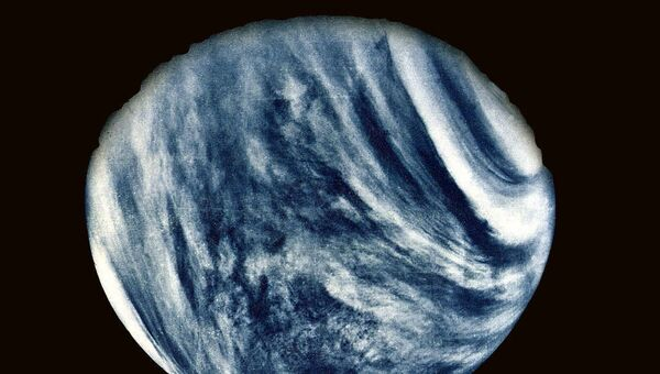 Mariner 10's First Close-Up Photo of Venus - Sputnik International
