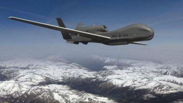 The US Air Force plans to replace Lockheed Martin's infamous U-2 spy plane with Northrop Grumman's RQ-4 Global Hawk. - Sputnik International