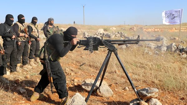 Rebel fighters from the First Battalion under the Free Syrian Army take part in a military training on June 10, 2015, in the rebel-held countryside of the northern city of Aleppo - Sputnik International