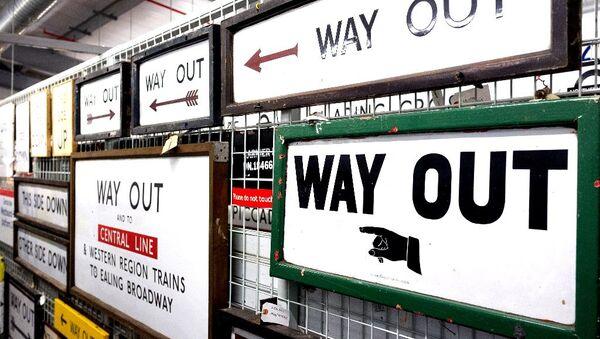 Way Out signs in London tube - Sputnik International