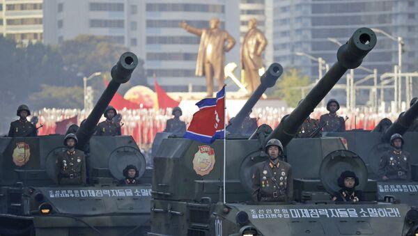 Soldiers in tanks parade in Pyongyang, North Korea, Saturday, Oct. 10, 2015 - Sputnik International