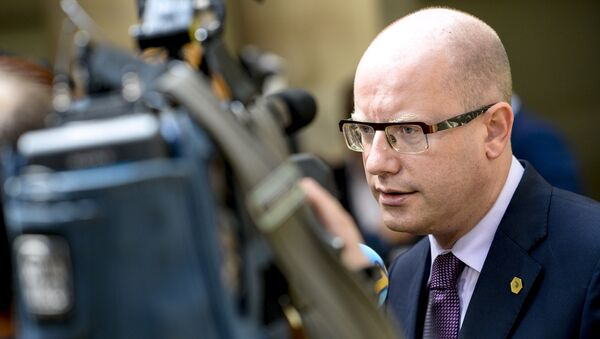 Bohuslav Sobotka, Prime Minister of the Czech Republic, speaks to the press during a high-level meeting on the fight against social dumping and free trade in the European Union, in Brussels, on June 25, 2015 - Sputnik International