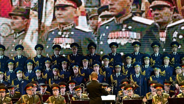 Members of the Alexandrov Russian Army song and dance ensemble - Sputnik International