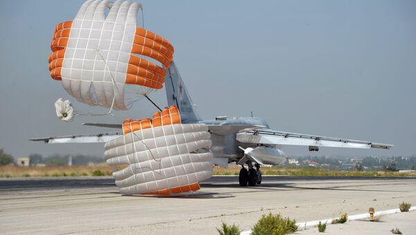 Russian aircraft at Hemeimeem Air Base in Syria - Sputnik International