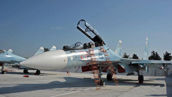 Russian aircraft at Hmeymim Air Base in Syria - Sputnik International