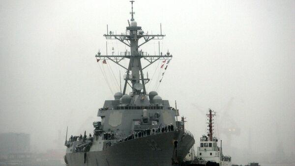 Guided missile destroyer USS Lassen arrives at the Shanghai International Passenger Quay in Shanghai, China - Sputnik International
