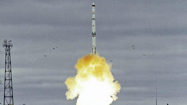 The launch of a Start-1 intercontinental ballistic missile based on Topol missile. The Plesetsk cosmodrome in the Arkhangelsk Region - Sputnik International