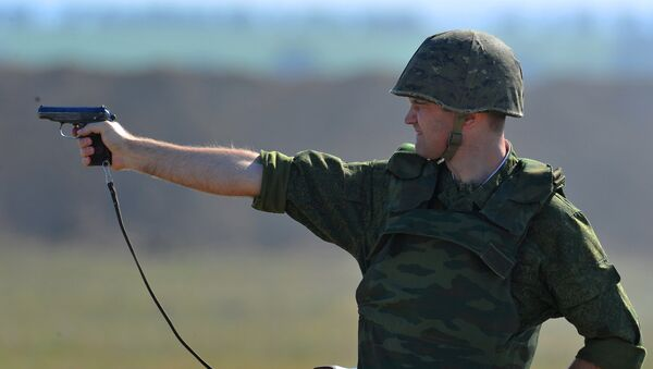 Soldier takes part in exercises with the Operational group of Russian Forces in the Transnistrian region of Moldova. - Sputnik International