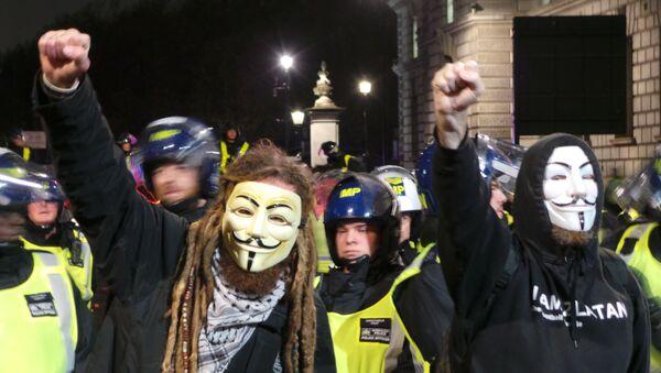 Million Mask March organized by Anonymous in central London on November 5, 2015. - Sputnik International