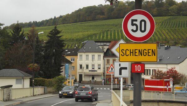 Schengen sign - Sputnik International
