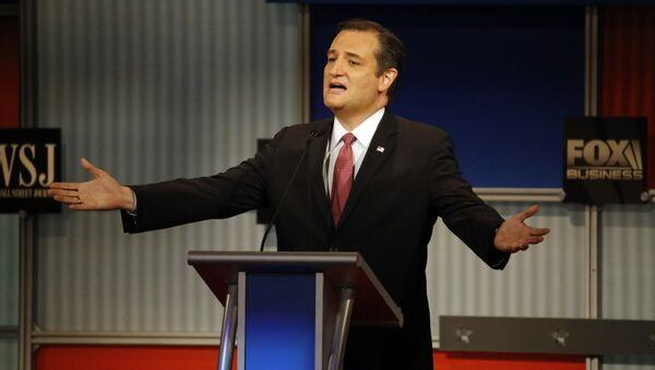 Ted Cruz speaks during the Republican presidential debate. - Sputnik International