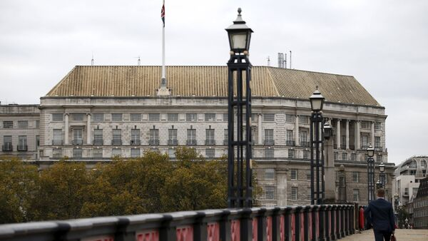 Thames House, the headquarters of the British Security Service (MI5) is seen in London, Britain October 22, 2015 - Sputnik International