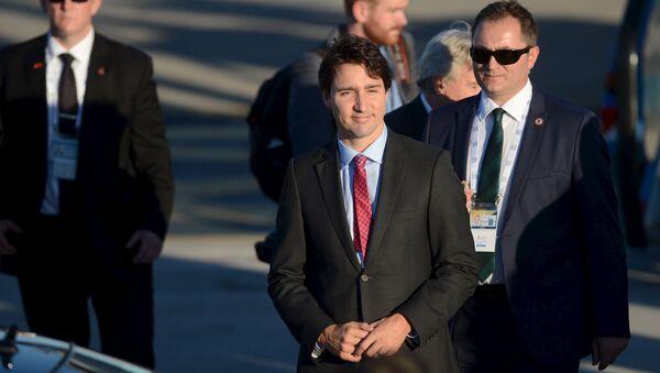 Canada's Prime Minister Justin Trudeau arrives at Antalya International airport ahead of the G20 summit, in the Mediterranean resort city of Antalya, Turkey, November 14, 2015 - Sputnik International