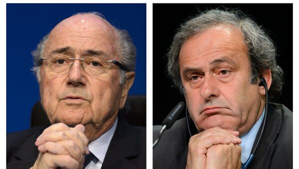 A combination made on October 29, 2015 shows two pictures showing Fifa president president Sepp Blatter (L) on May 30, 2015 in Zurich, and UEFA leader Michel Platini on May 28, 2015 in Zurich - Sputnik International