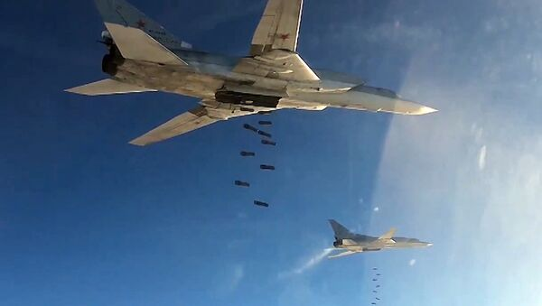 Tu-22 strategic bombers of Russia's Aerospace Defense Forces set to hit ISIS targets in Syria - Sputnik International
