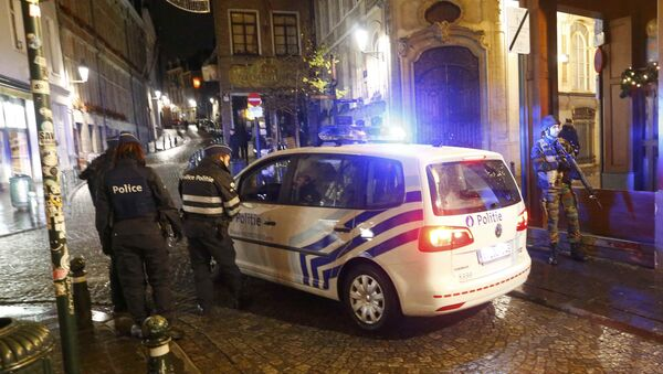 Belgian police and military conduct a search in central Brussels following the recent deadly Paris attacks, in Brussels Belgian police and military conduct a search in central Brussels following the recent deadly Paris attacks, in Brussels, Belgium, November 22, 2015. - Sputnik International
