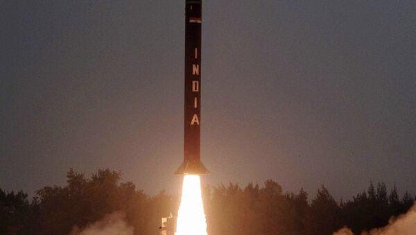 The Nuclear capable Agni-I strategic ballistic missile - Sputnik International