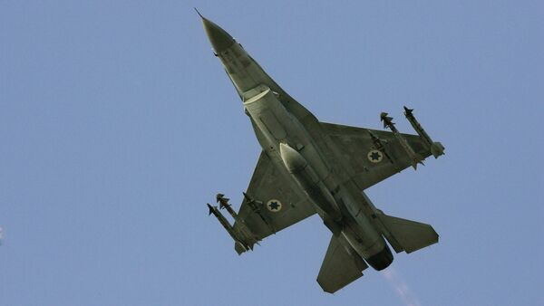 An Israeli F-16 multirole fighter. File photo - Sputnik International