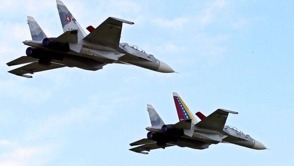 Venezuela's two Sukhoi Su-30 fighter jets - Sputnik International