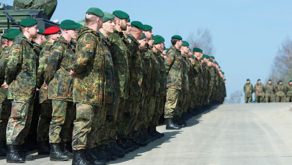 German army soldiers who are members of the Stabilisation forces line up at the barracks Erzgebirgskaserne in Marienberg, eastern Germany, on April 10, 2015, during a military exercise Noble Jump that is part of Nato Response Force - Sputnik International