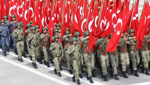 Troops parade with Turkish flag on August 30, 2013 in Ankara during celebrations for the 91st anniversary of Victory Day, with ceremonies held at Ataturk's Mausoleum known as Anitkabir in Ankara, Turkey - Sputnik International