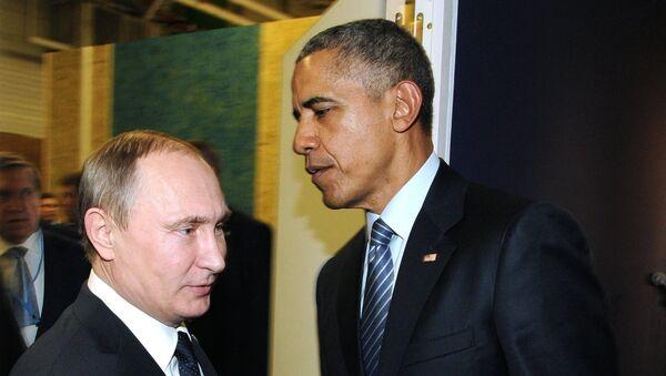 Russia's Presidents Vladimir Putin (left) of Russia and the US Barack Obama (center) - Sputnik International