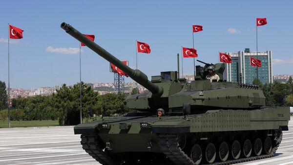 Turkey's first military tank, the Altay, seen during a military parade on Victory Day in Ankara, Turkey, Sunday, Aug. 30, 2015. - Sputnik International