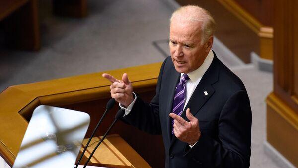 Vice President of the United States Joe Biden speaks at a meeting of Ukraine's Verkhovna Rada in Kiev. - Sputnik International