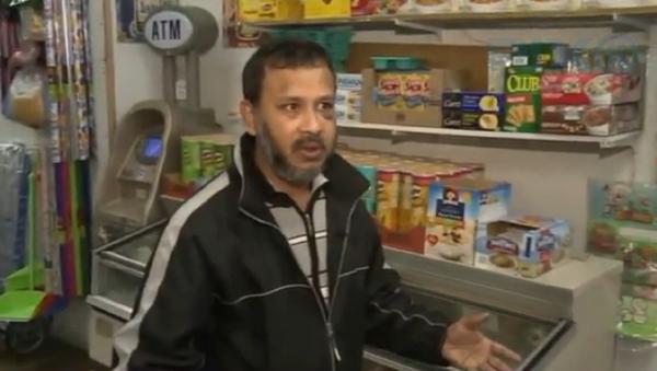 Man beats Muslim store owner in Astoria; police investigates attack as hate crime (print screen) - Sputnik International