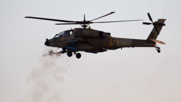 An Israeli AH-64 Apache helicopter - Sputnik International