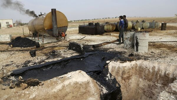 A report compiled by an independent Norwegian oil and gas consulting firm verified earlier claims that Daesh, also known as ISIL/ISIS, smuggles most of its oil to Turkey, where it is then sold on the black market at reduced prices. - Sputnik International