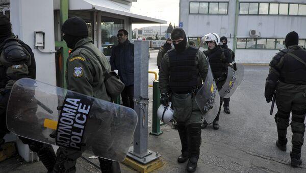 Riot police at the metro depot in Athens. (File) - Sputnik International