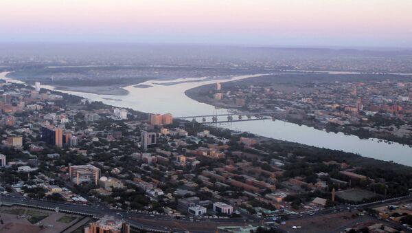 An aerial view shows the Nile river cutting through the Sudanese capital Khartoum - Sputnik International