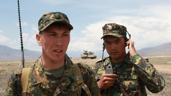 Drill of Kyrgyzstan's tank regiment - Sputnik International