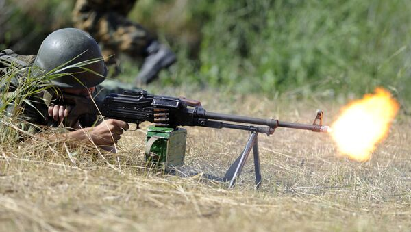 Soldier shooting an obstacle during the practical training sessions of the 22nd Separate Guards special purposes brigade, deployed in the Rostov region. File photo - Sputnik International