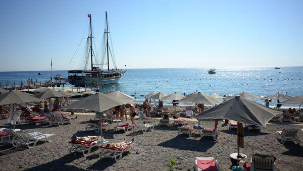 A beach in Antalya. File photo - Sputnik International