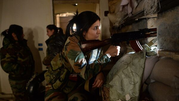 Female snipers from a special weapons and tactics (SWAT) regiment of the Syrian Arab Army in Darayya, a Damascus suburb - Sputnik International