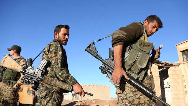 Fighters from the Syrian Democratic Forces - Sputnik International
