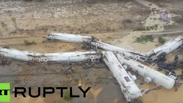 Freight train carrying sulphuric acid derails in Australia - Sputnik International