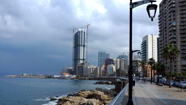 The skyline of Beirut's corniche is seen on October 7, 2015 - Sputnik International