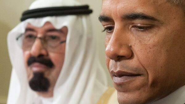US President Barack Obama (R) and  King Abdullah of Saudi Arabia during meetings in the Oval Office at the White House in Washington on June 29, 2010 - Sputnik International