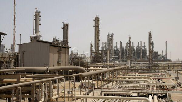 This May. 3, 2009 file photo shows an oil facility in Jubeil, about 600 km from Riyadh, Saudi Arabia - Sputnik International