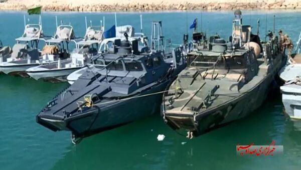American Navy boats in custody of the Iranian Revolutionary Guards in the Persian Gulf. - Sputnik International