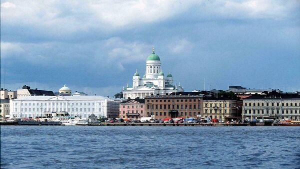 A view from the sea to the harbour and market place of Helsinki - Sputnik International