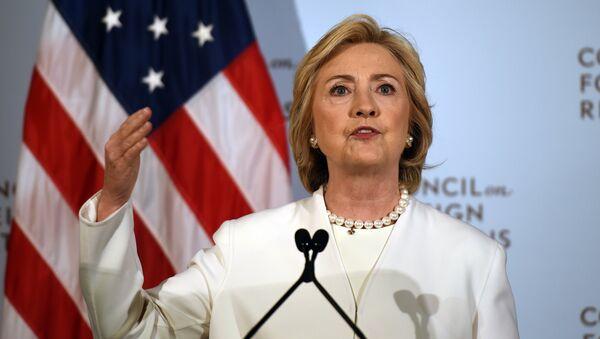 Democratic presidential hopeful Hillary Clinton - Sputnik International